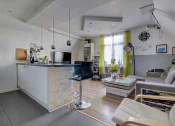 2 bed flat for sale in Canterbury Road, Ashford TN24