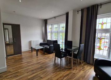 Thumbnail 2 bed flat to rent in Cambridge Heath Road, London, Bethnal Green