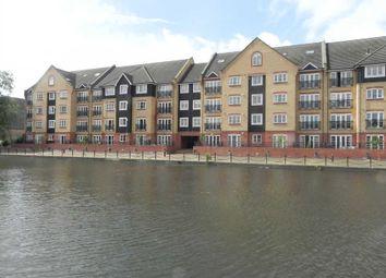 Thumbnail 2 bed flat to rent in Longman Court, Stationers Place, Hemel Hempstead