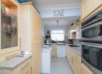 Thumbnail 3 bedroom terraced house for sale in Parsons Mead, Abingdon