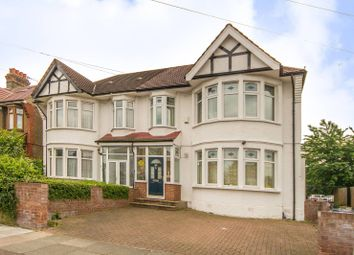 Thumbnail 5 bed property to rent in Norfolk Avenue, Palmers Green
