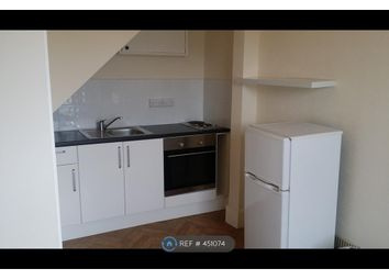 Thumbnail 1 bedroom flat to rent in Upton Road, Torquay
