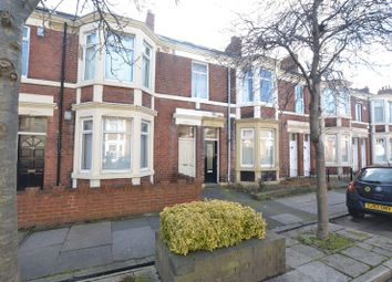 Thumbnail 5 bed flat for sale in Kelvin Grove, Newcastle Upon Tyne