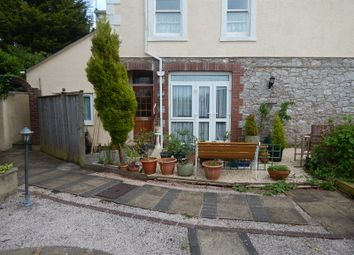 3 bed flat to rent in St Margarets Road, Torquay TQ1