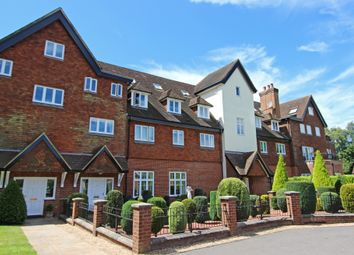 Thumbnail 3 bedroom flat for sale in Eyhurst Park, Outwood Lane, Kingswood, Tadworth