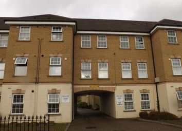 Thumbnail 2 bedroom flat to rent in Tolgate Court, London Road, Dunstable