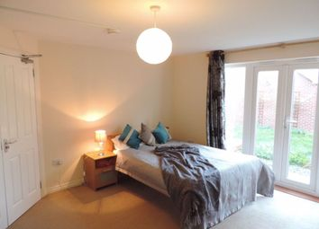 Thumbnail Room to rent in Rm 1, Brickton Road, Hampton, Peterborough