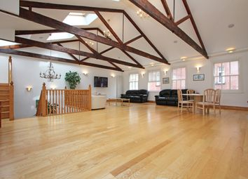 Thumbnail Mews house to rent in Jay Mews, London