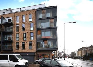 Carlton Grove, London SE15. 3 bed flat for sale