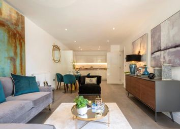 Thumbnail 3 bed flat for sale in Queenshurst Square, Kingston Upon Thames