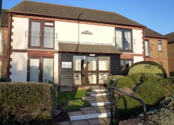 Thumbnail 2 bedroom flat for sale in Aigburth Avenue, Bognor Regis