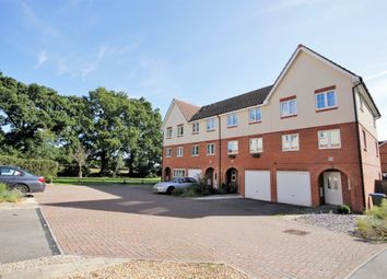 Maryat Way, Whiteley, Fareham PO15. 3 bed town house for sale