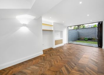 Thumbnail 3 bed town house for sale in Effingham Road, London