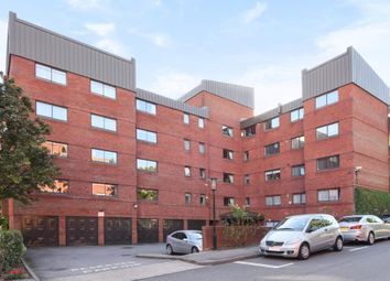 Thumbnail 2 bed flat for sale in Spencer Close, Finchley