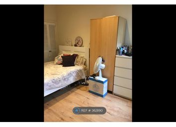 Thumbnail 1 bed flat to rent in Mead Road, Edgware