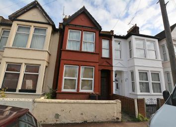 Thumbnail 1 bed flat for sale in Gainsborough Drive, Westcliff-On-Sea