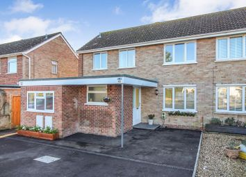 Thumbnail 2 bed flat for sale in Turnpike Road, Newbury