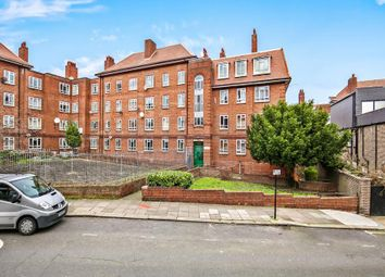 Thumbnail Flat for sale in Triangle Place, London