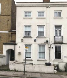 Thumbnail 3 bed flat to rent in North Street, London