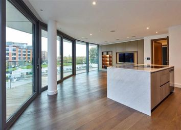 Thumbnail 2 bed property for sale in Goldhurst House, Fulham, London