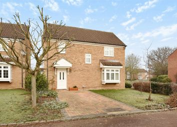 Thumbnail 4 bedroom detached house for sale in Bedfordshire Way, Wokingham, Berkshire