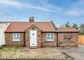 3 bed cottage for sale in Hull Road, Woodmansey, East Yorkshire HU17