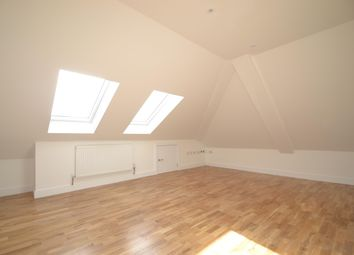 Thumbnail 1 bed flat to rent in Endsleigh Road, Top Floor Flat, Merstham