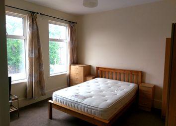 Thumbnail 3 bed flat to rent in Vivian Avenue, Hendon, London