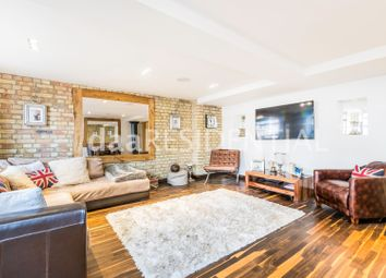 Thumbnail 2 bed flat to rent in Merchant Court, 61 Wapping Wall, London