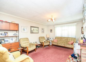 3 bed flat for sale in Norfolk Close, East Finchley N2