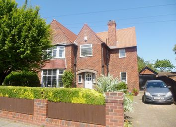 Thumbnail 3 bed detached house for sale in Queens Avenue, Meols, Wirral