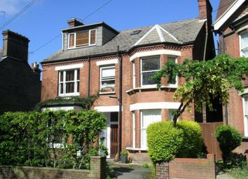 Thumbnail 1 bed flat to rent in Upper Lattimore Rd, St Albans, Herts