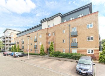 Thumbnail 2 bed flat to rent in Manhattan Avenue, Watford
