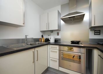 Thumbnail 1 bedroom flat for sale in Proton Tower, Canary Wharf