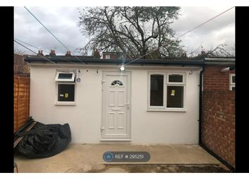 Thumbnail Studio to rent in Abbotts Road, Southall