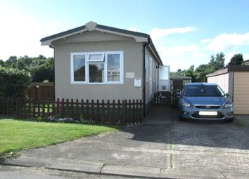 Thumbnail 2 bed bungalow for sale in Main Avenue, Ashfield Park, Scunthorpe