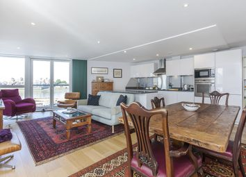 Thumbnail 3 bed flat to rent in Banning Street, London