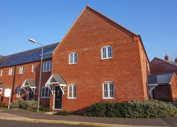 Thumbnail 2 bed maisonette for sale in Siddington Drive, Aylesbury