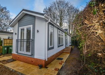 Thumbnail 2 bedroom mobile/park home for sale in Limit Home Park, Northchurch, Berkhamsted