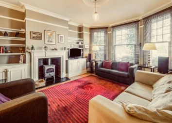 Sedgemere Avenue, East Finchley N2. 2 bed flat