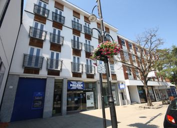 Thumbnail 2 bedroom flat to rent in High Road, Loughton