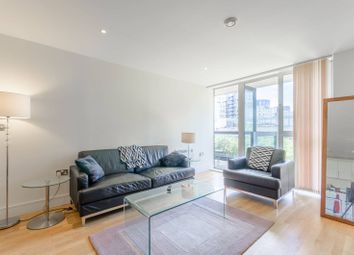 2 bed flat to rent in Drayton Park, Angel, London N5