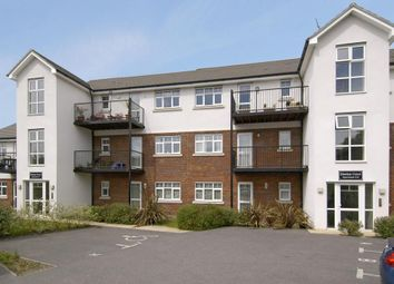 Thumbnail 2 bed flat to rent in Hawkes Court, Chesham