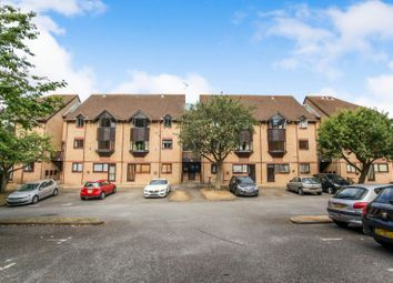 Thumbnail 1 bedroom flat to rent in Hawkshill, Dellfield, St.Albans
