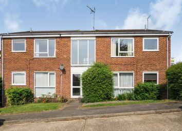 Thumbnail 2 bedroom flat for sale in Chiltern Park Avenue, Berkhamsted
