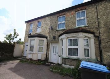 4 bed property for sale in Queens Road, London N9