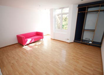 Thumbnail Studio to rent in Kidbrooke Grove, Blackheath