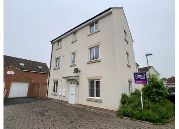Thumbnail 4 bed town house for sale in Lotmead, Staverton