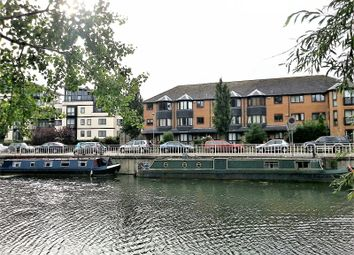 Thumbnail 1 bedroom flat for sale in The Mallards, River Lane, Cambridge