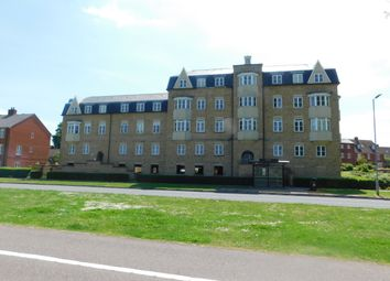 2 bed flat to rent in Beche House, Colchester CO2